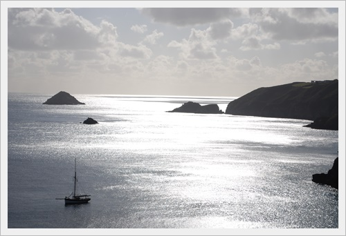 Amelie Rose anchored off Sark