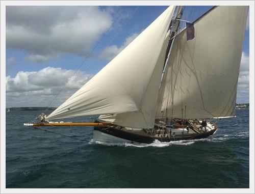 Amelie Rose sailing fast