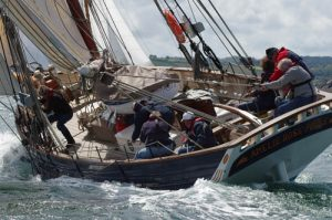 7 Great Reasons to do Your Competent Crew Aboard a Traditional Boat in UK Waters